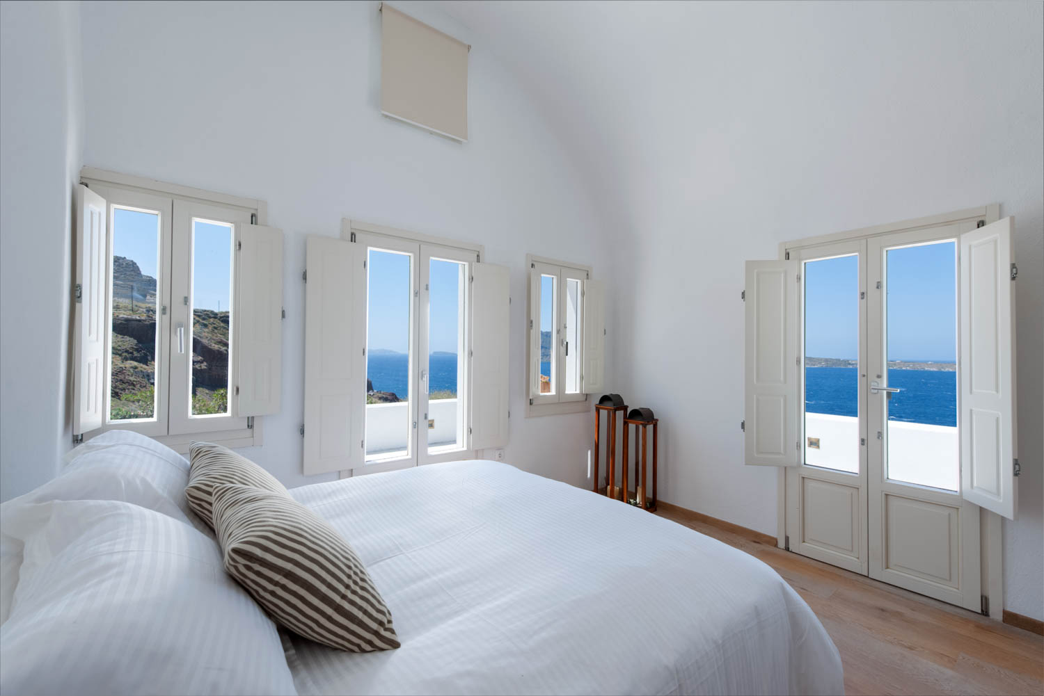 Ode Villa in Oia of Santorini Bedroom