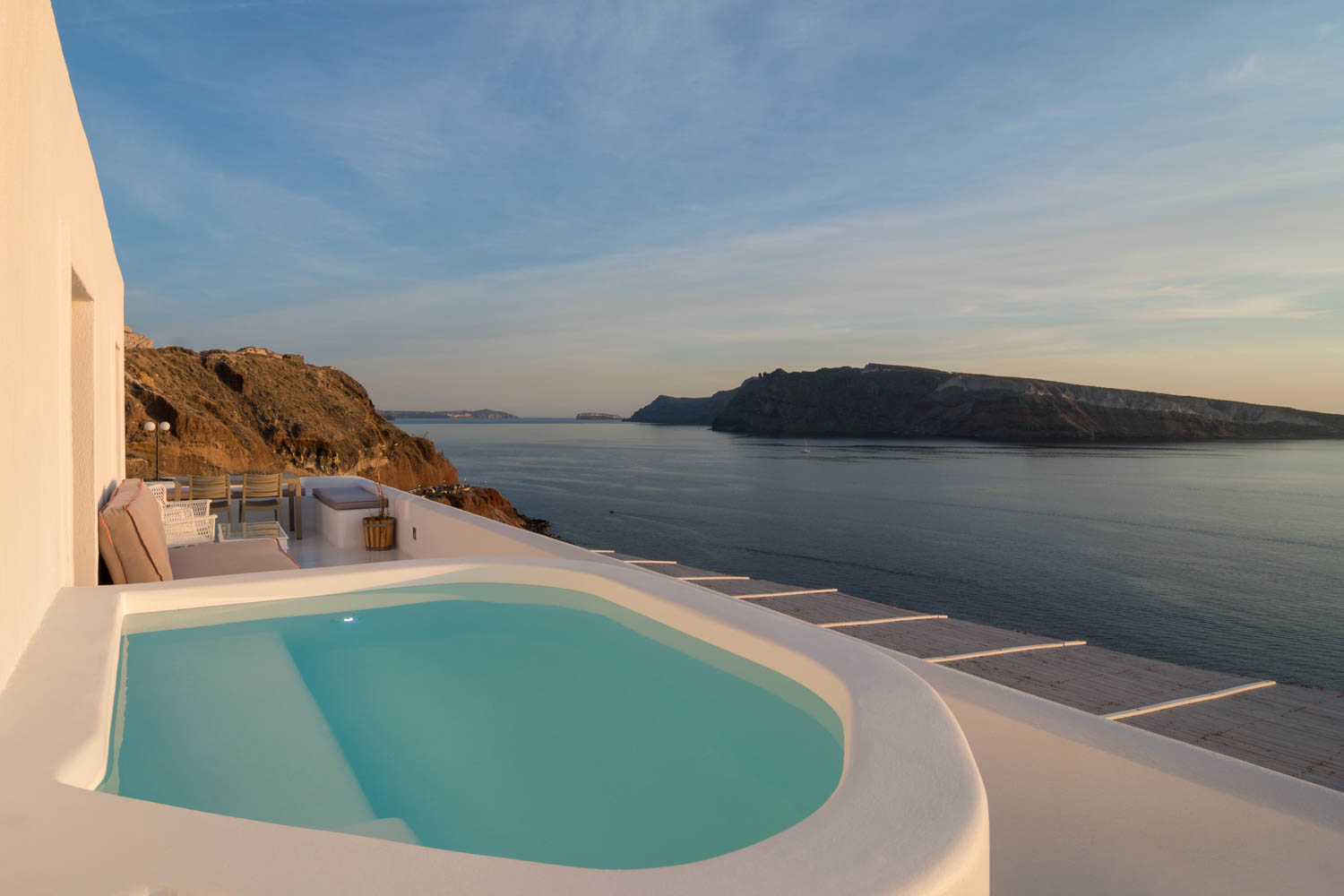 Ode Villa in Oia of Santorini Swimming Pool with Sea Views